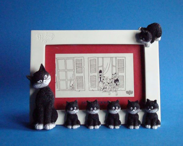 L'Alignement (Cats in a Row) Picture Frame